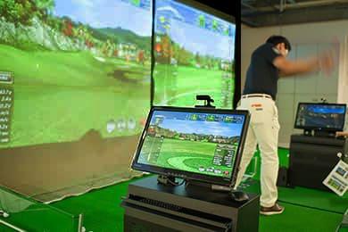室内ゴルフシミュレーター